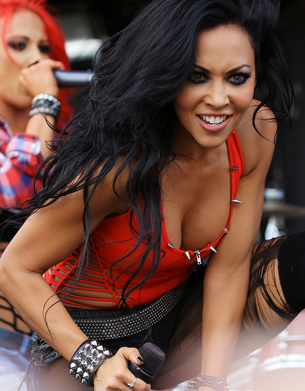 Carla Coates of Butcher Babies
