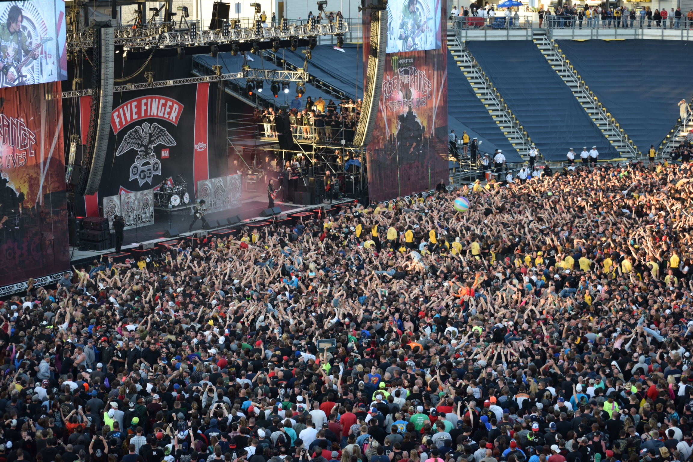 Crowd during Five Finger Death Punch